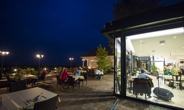 Zenit Hotel Balaton - Vonyarcvashegy - Étterem - Terasz