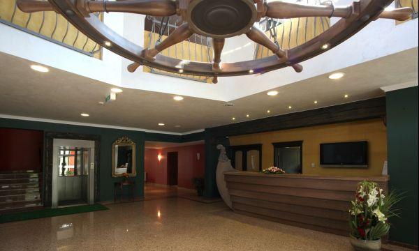 Old Lake Golf Hotel - Tata - 12