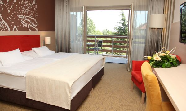 Kolping Hotel Spa & Family Resort - Alsópáhok - Felújított kétágyas szoba