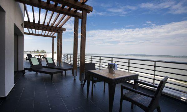 Vital Hotel Nautis - Gárdony - Luxus lakosztály terasz