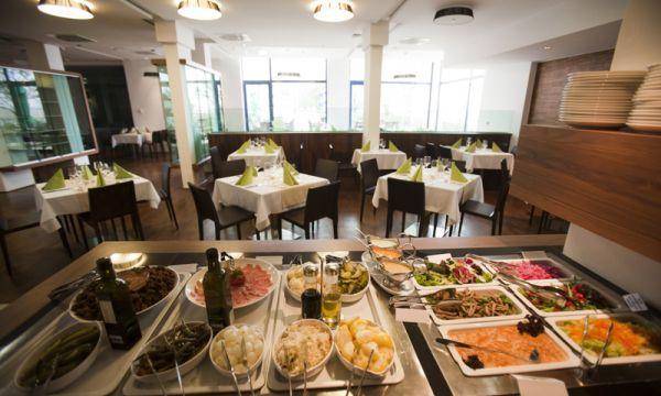 Vital Hotel Nautis - Gárdony - Étterem svédasztal
