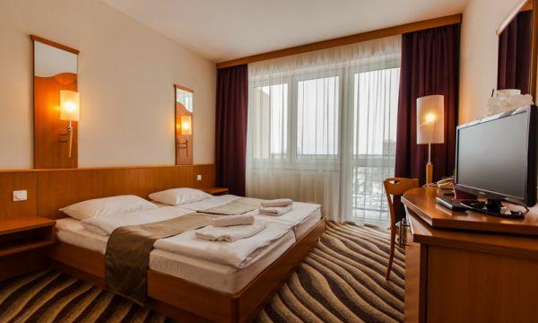 Prémium Hotel Panoráma - Siófok - 11