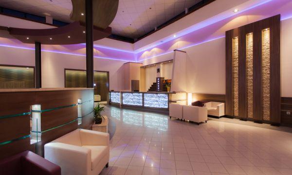 Prémium Hotel Panoráma - Siófok - 9
