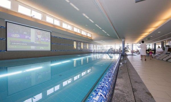 Zenit Hotel Balaton - Vonyarcvashegy - Beltéri medence kivetítővel