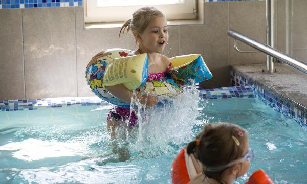 Zenit Hotel Balaton - Vonyarcvashegy - Gyermekmedence élményelemekkel