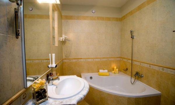 Hotel Villa Völgy - Eger - Superior Suite fürdőszoba