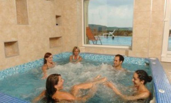 Szalajka Liget Hotel - Szilvásvárad - Pezsgőfürdő, jakuzzi