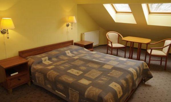 Zsanett Hotel - Balatonkeresztúr - Klímával felszerelt lakosztály-hálószoba