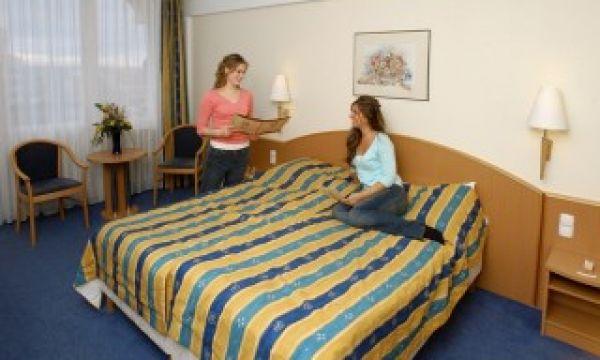 Mátyás Király Gyógy- és Wellness Hotel - Hajdúszoboszló - Standard kétágyas szoba