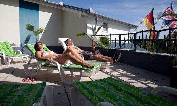 Kristály Hotel - Keszthely - napozóterasz