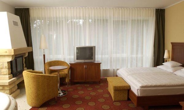 Hunguest Grandhotel Galya - Galyatető - De Luxe szoba jakuzzival és kandallóval