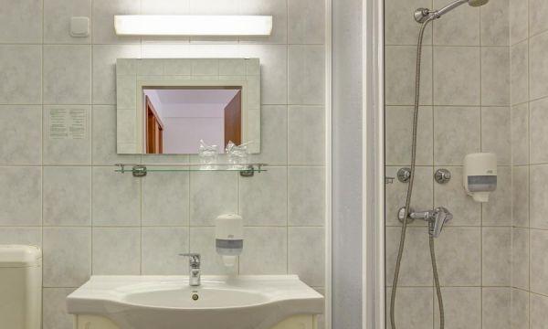 Hotel Panoráma - Balatongyörök - Fürdőszoba
