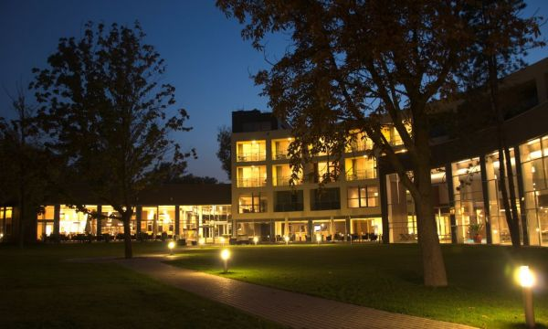 Hotel Azúr Prémium - Siófok - 1