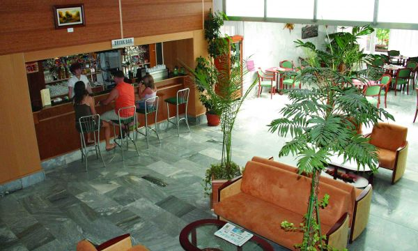 Hotel Panoráma - Balatongyörök - 33