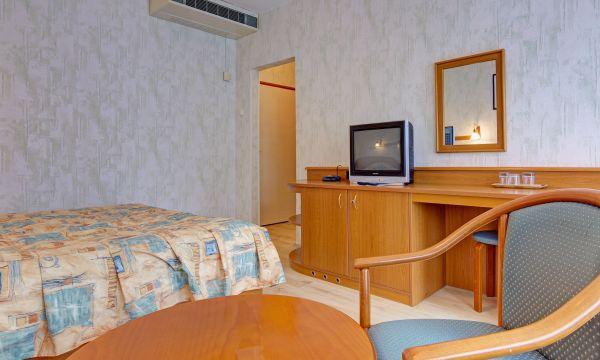 Hotel Panoráma - Balatongyörök - 35